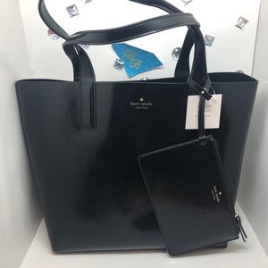 KATE♠️SPADE Arch place patent REVERSIBLE TOTE